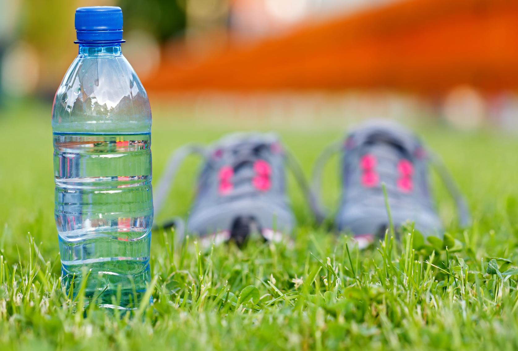 Πόσο νερό πρέπει να πίνουμε την ημέρα;